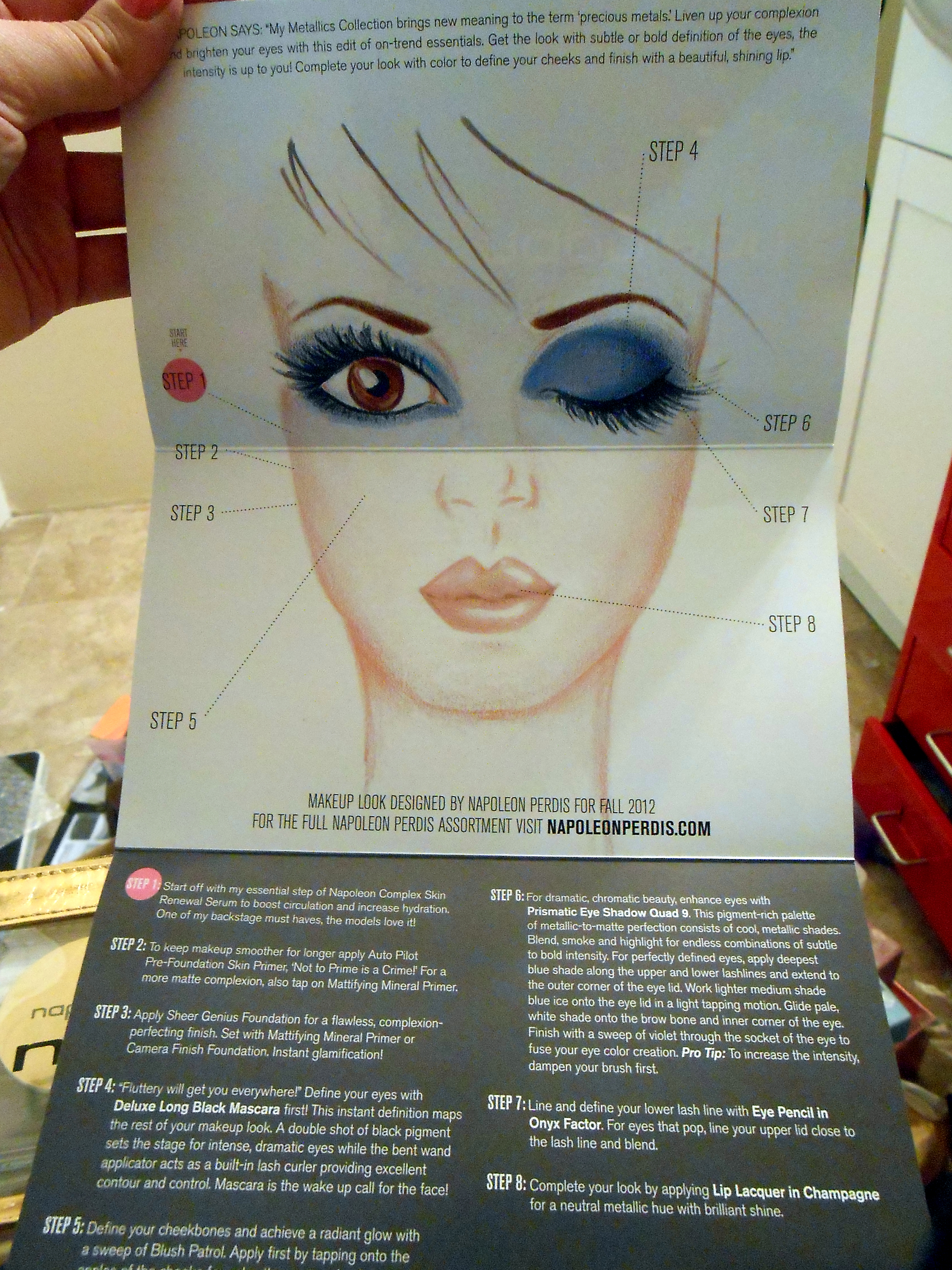 Makeup Artist Bonus On The Insert A Step By Step Guide On How To Do  Your Face Napoleon